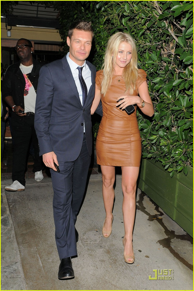 julianne hough ago 04