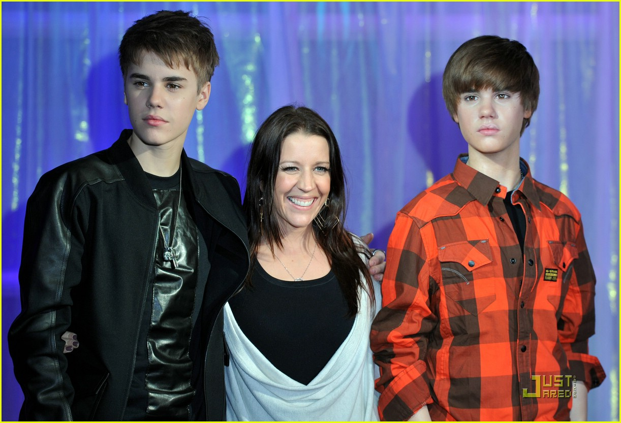 justin bieber wax figure 05