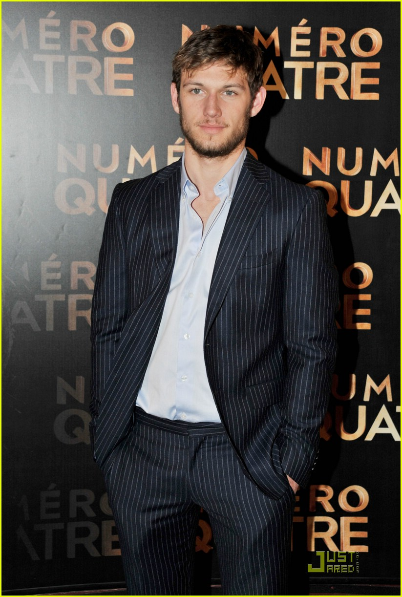 alex pettyfer paris ian4 02