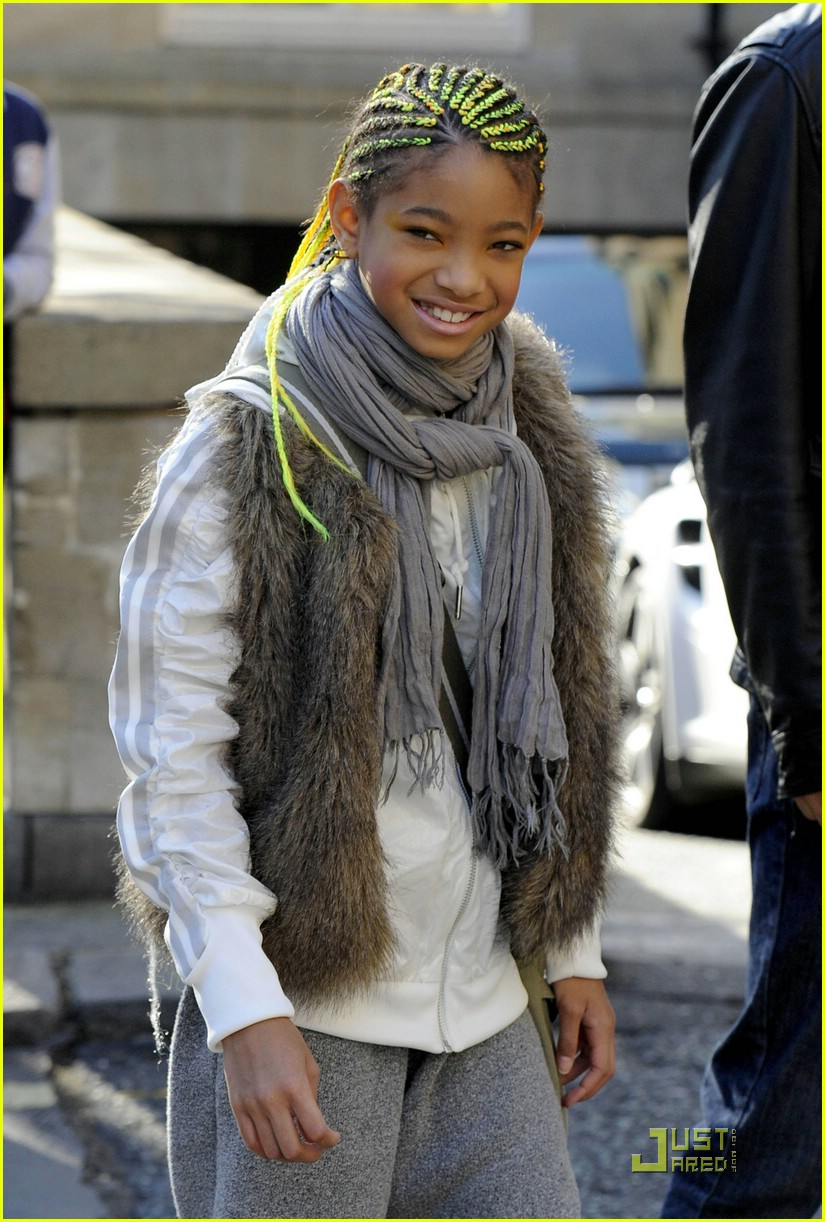 willow smith neon braids 05
