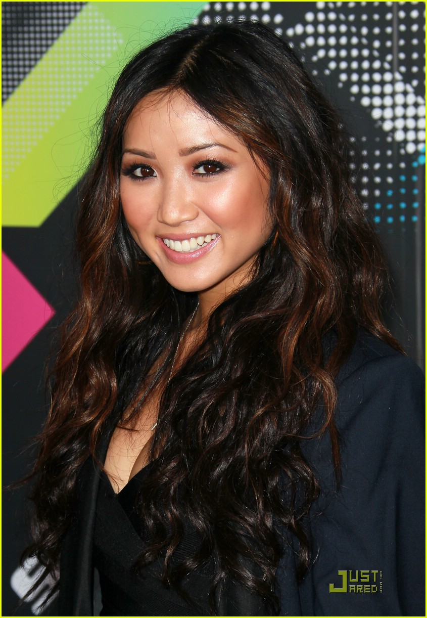 brenda song trace t mobile 15