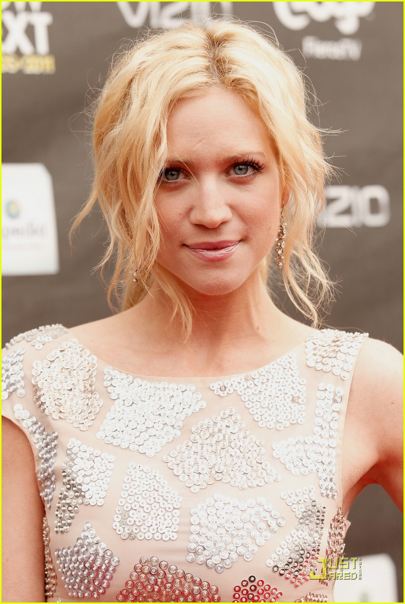 brittany snow new now next 07