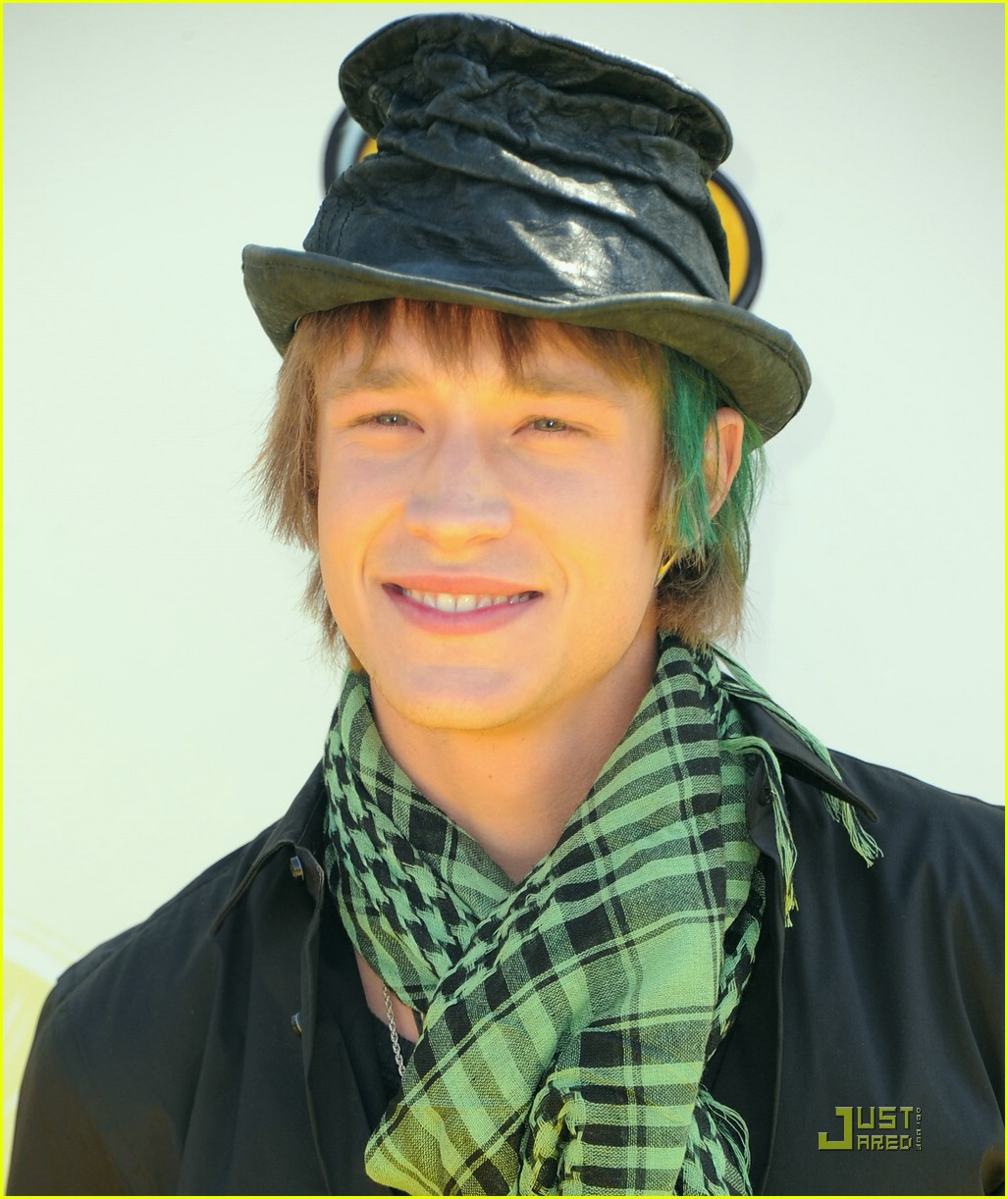 chris brochu nick roux lm 07