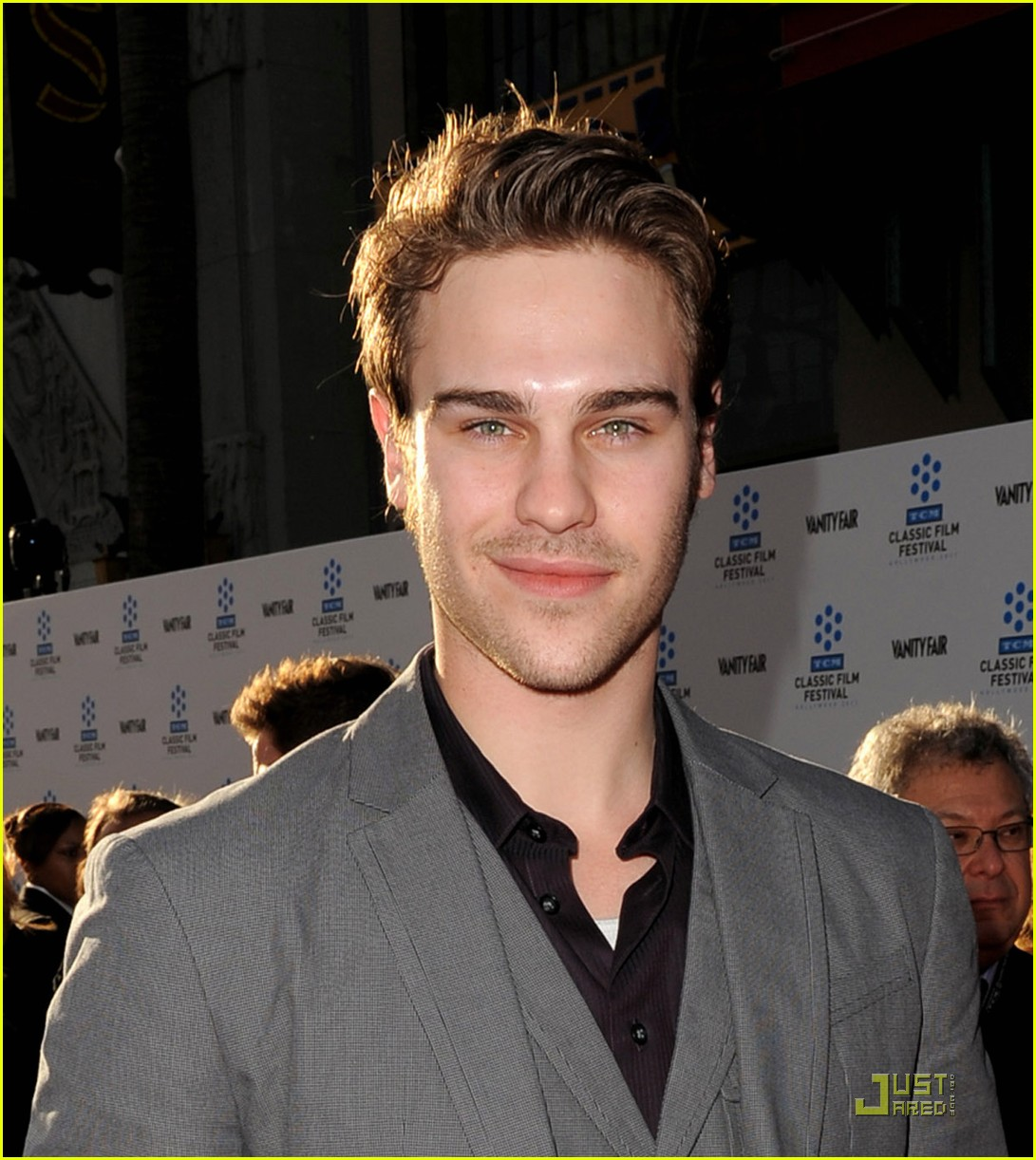grey damon tcm 03