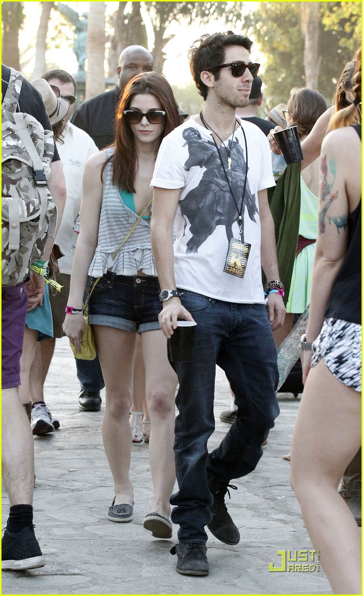 ashley greene coachella cutie 01
