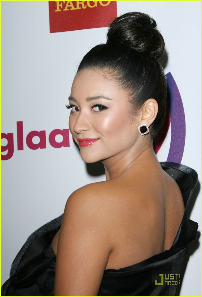 shay ashley glaad awards 19