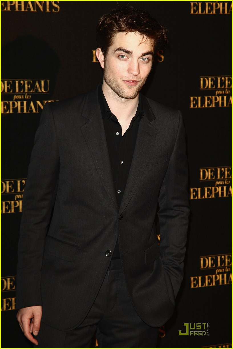 robert pattinson elephants paris 02