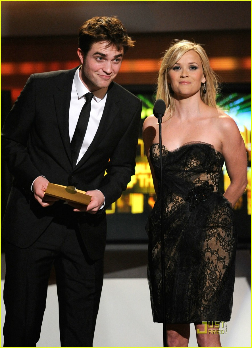 robert pattinson acm awards 06