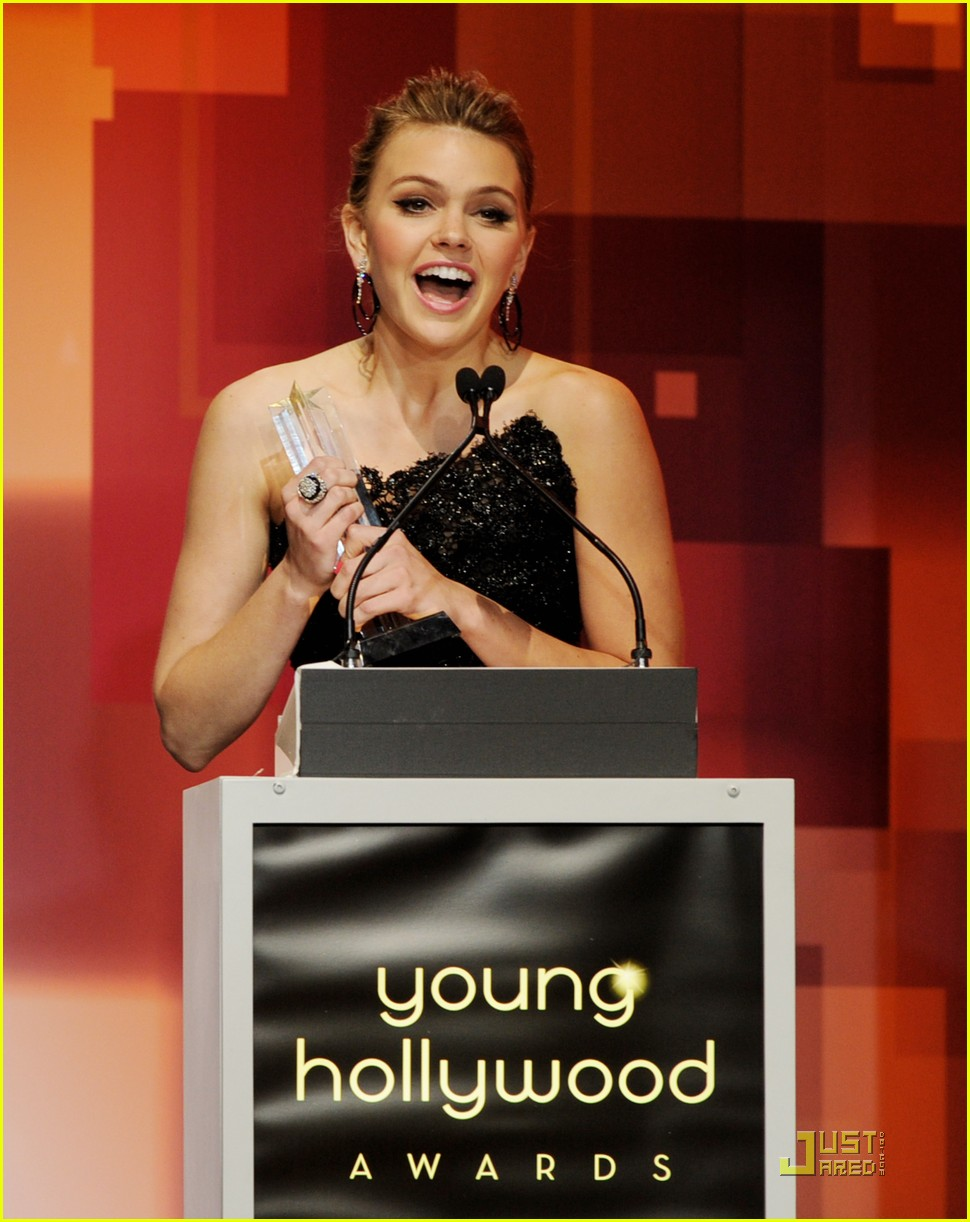aimee teegarden yh awards 03