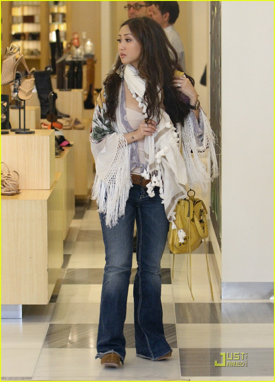 brenda song barneys shoes 01