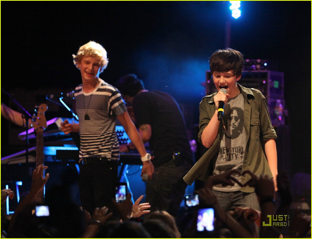 cody simpson house blues la 02