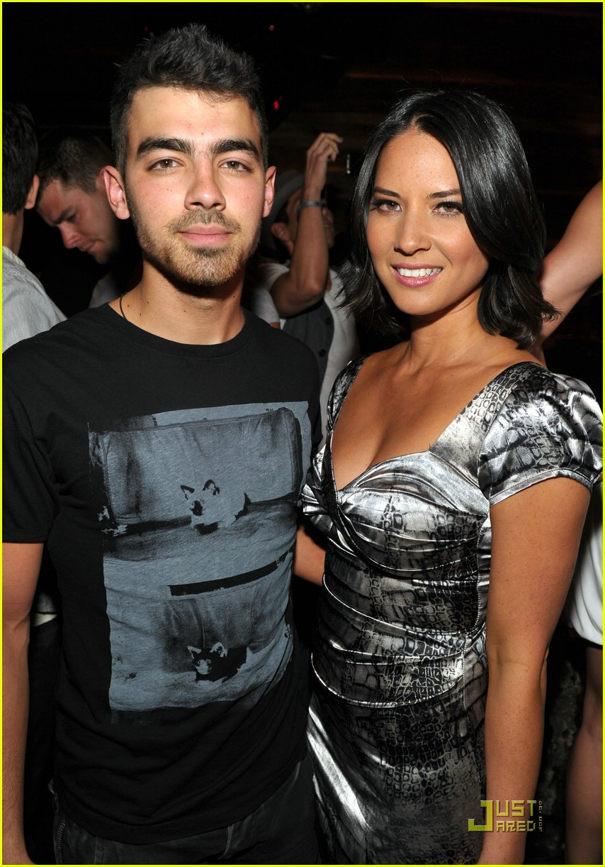joe jonas maxim hot 100 01