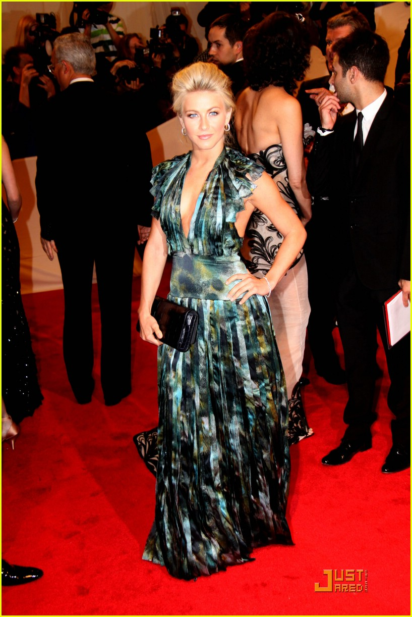 julianne hough met ball 07