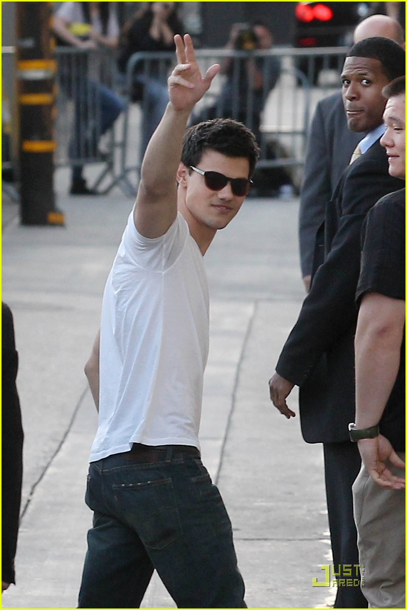 taylor lautner jimmy kimmel 02