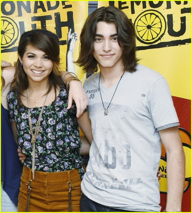 lemonade mouth disneyland 15