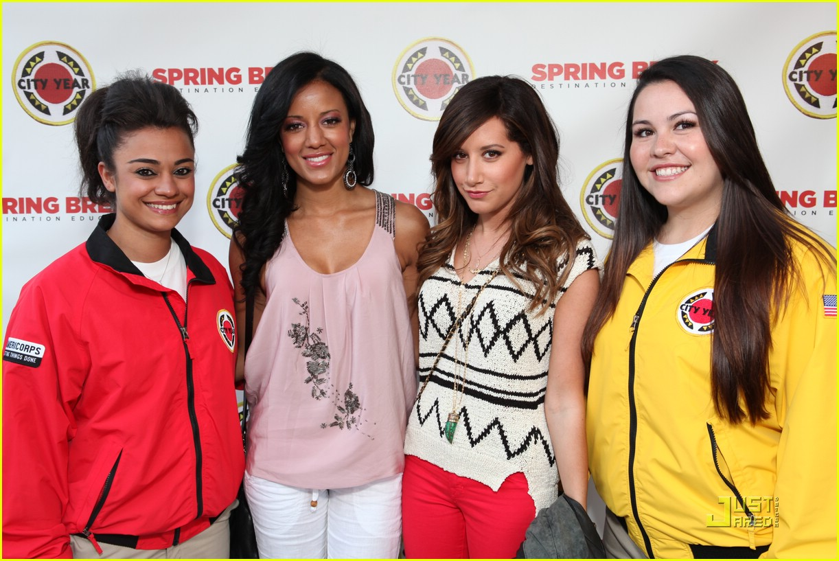 ashley tisdale city year spring break 04