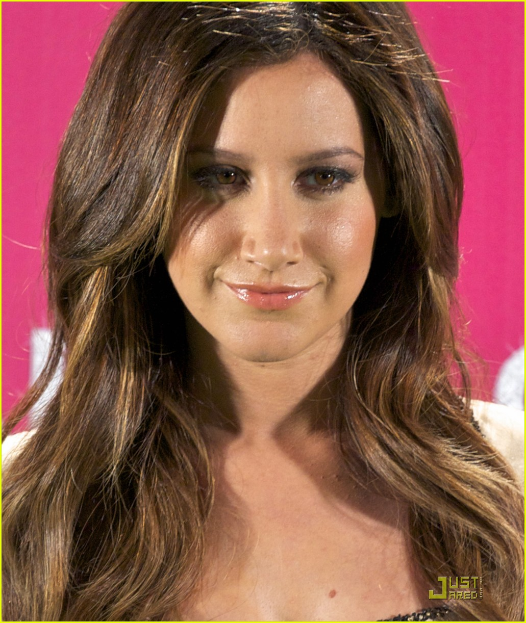 ashley tisdale madrid sharpay 21
