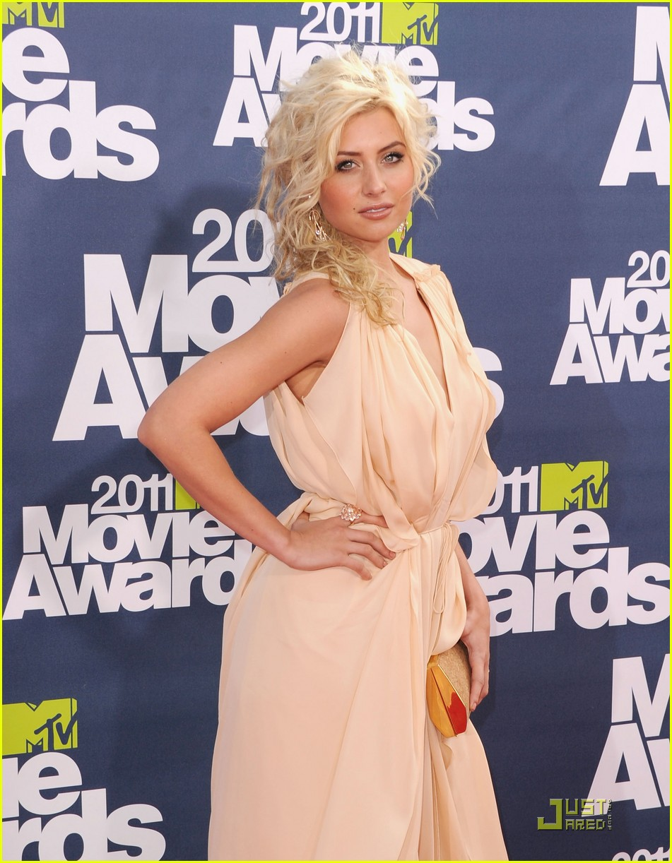 alyson michalka mtv movie awards 03