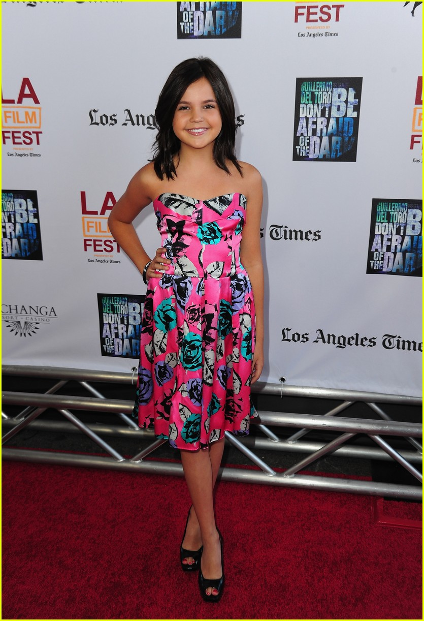 bailee madison afraid dark 01