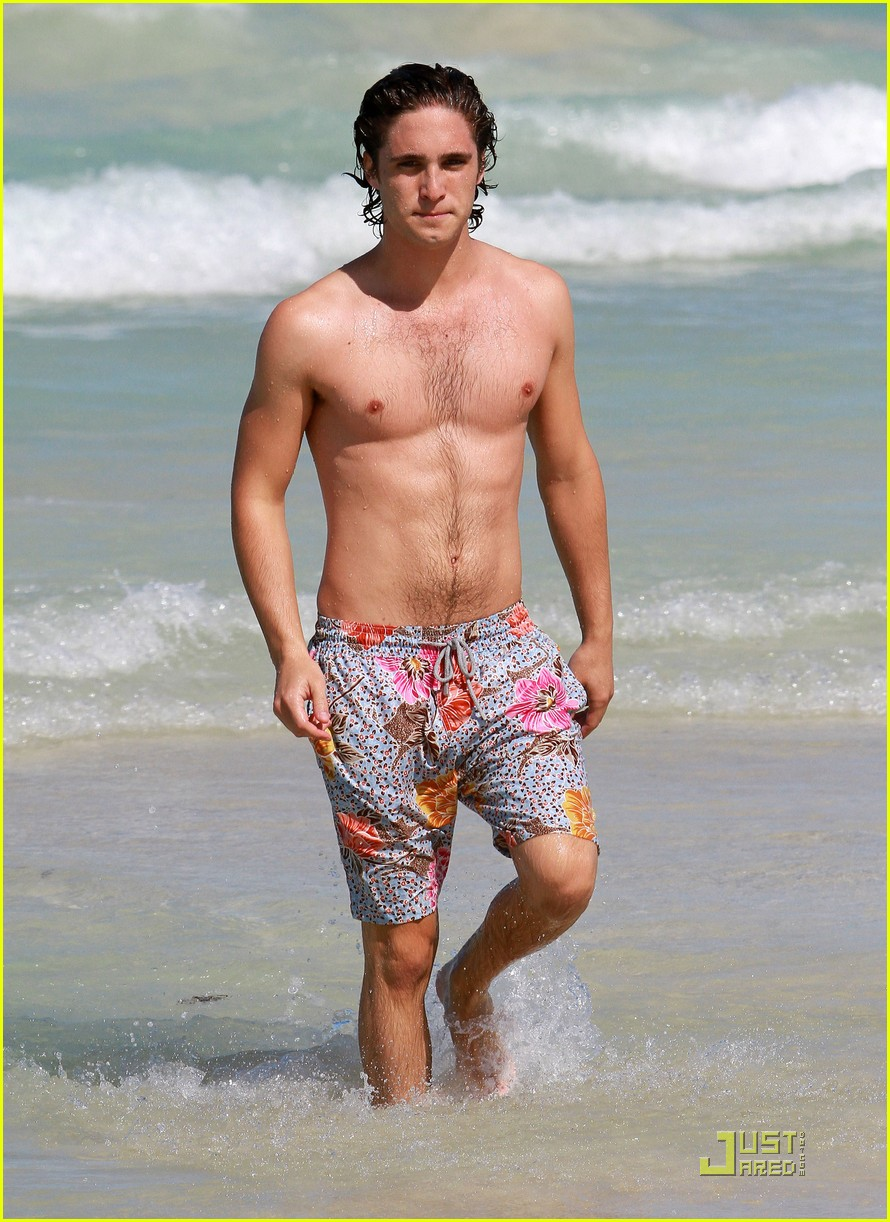 diego boneta miami beach fun 09