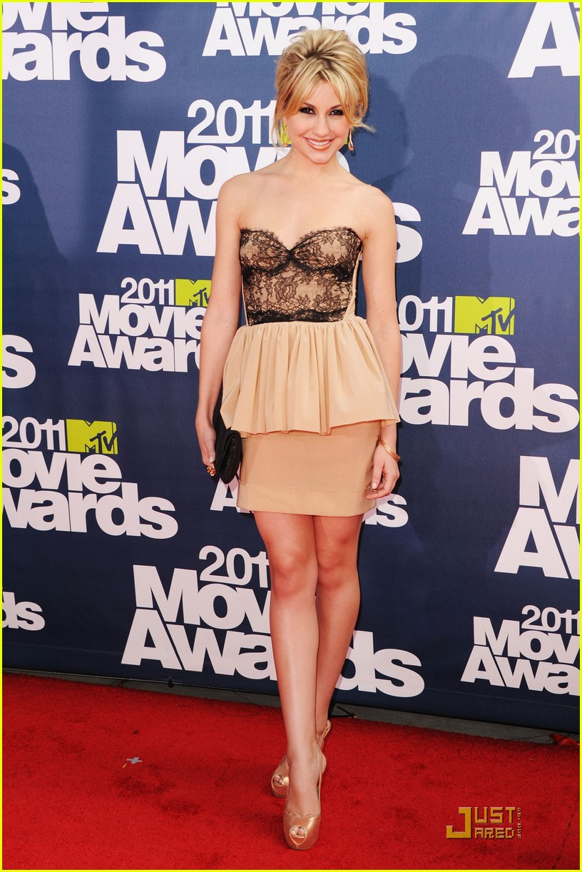 chelsea kane mtv movie awards 03