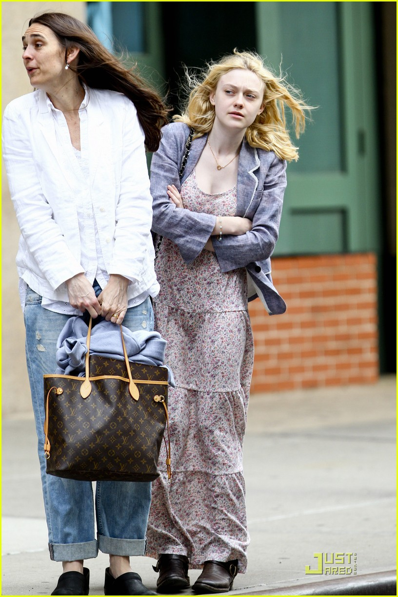 dakota fanning windy 06