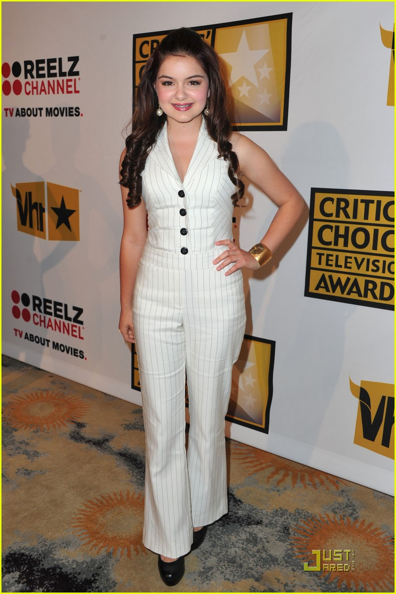 sarah hyland critics choice 19