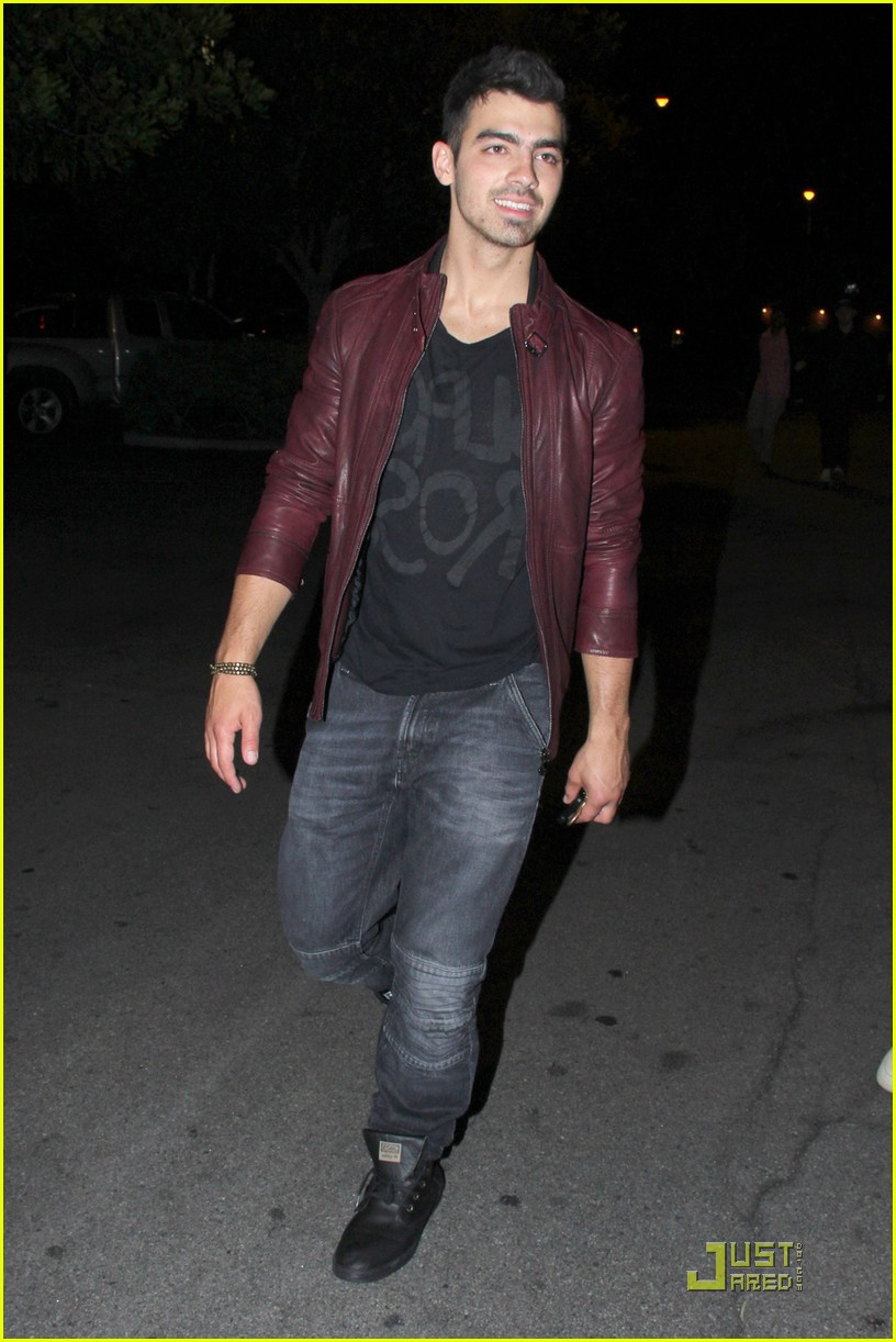 joe jonas pinz party 05