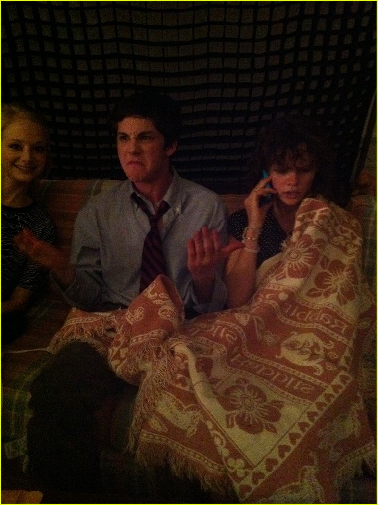 logan lerman perks cast pics 04