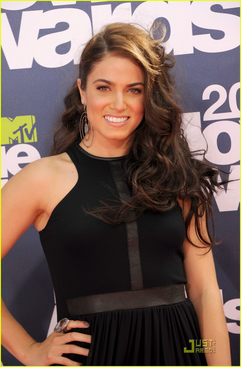 nikki reed mtv movie awards 02