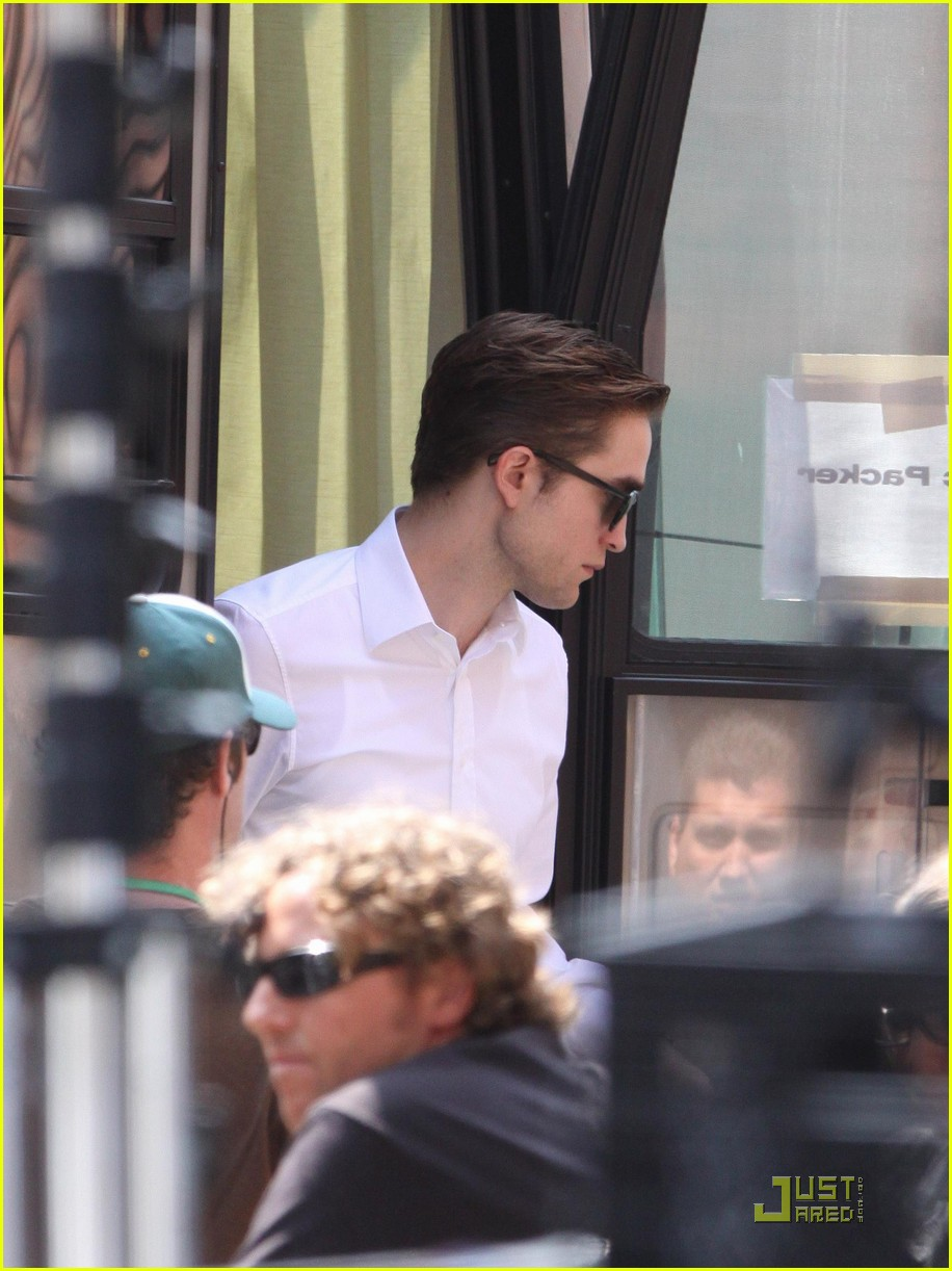 robert pattinson trailer 05