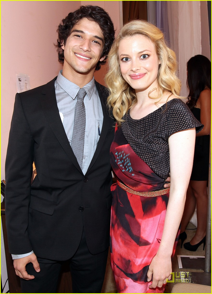 tyler posey critics choice awards 10