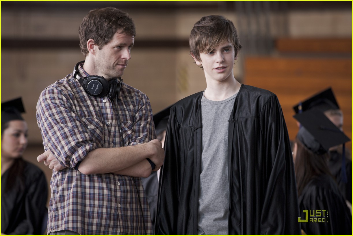 Emma Roberts & Freddie Highmore: 'Getting By' Photo Shoot ...