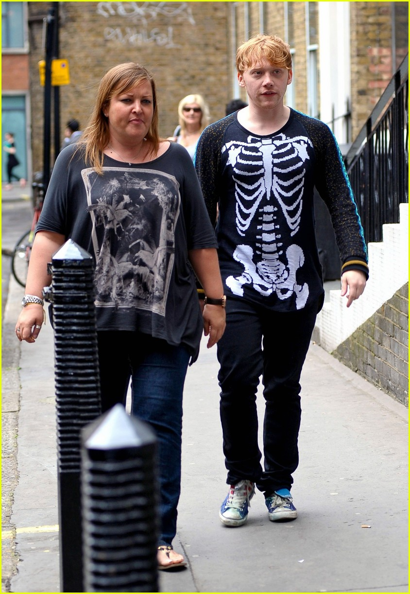 rupert grint skeleton sweater 03