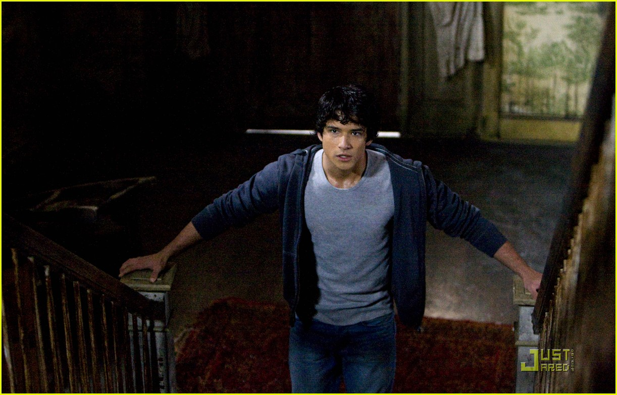 tyler posey tw stills 02