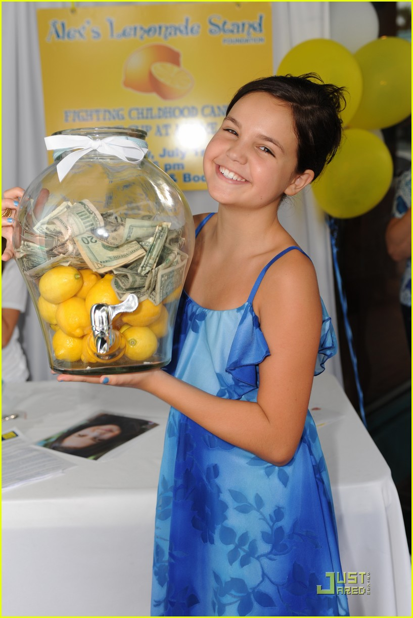 bailee madison lemonade powers 02
