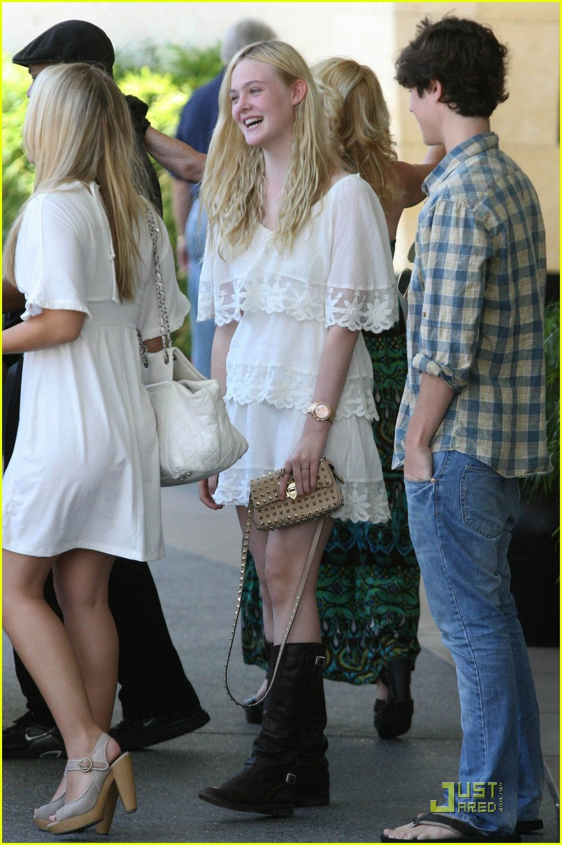 elle fanning twixt first pic 02