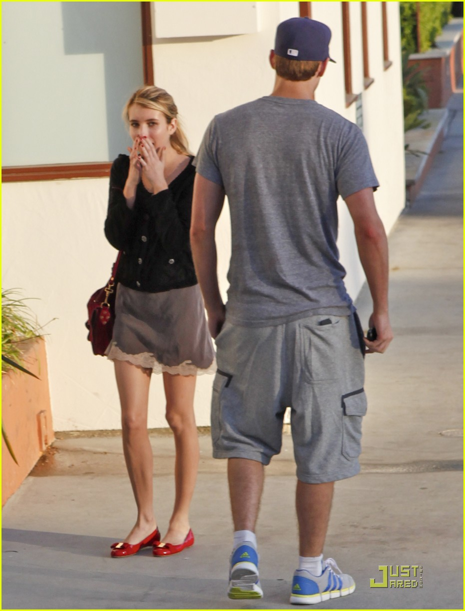 emma roberts chord overstreet 02