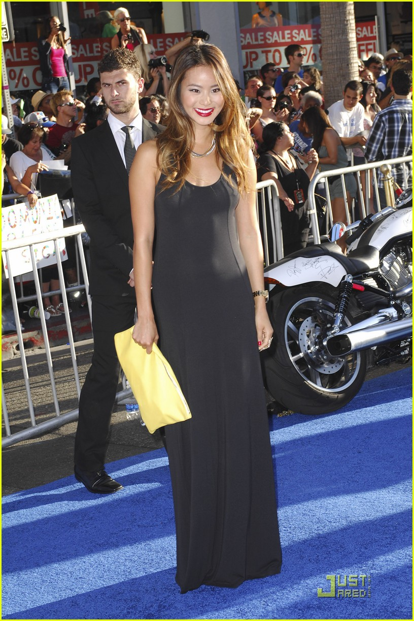 jamie chung capn america 15