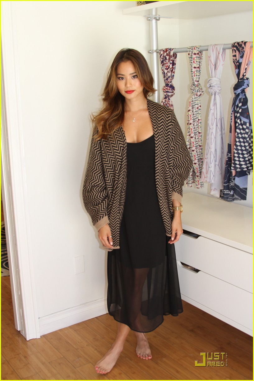 jamie chung comic con style 06