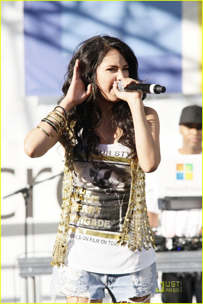 jasmine v microsoft concert 07