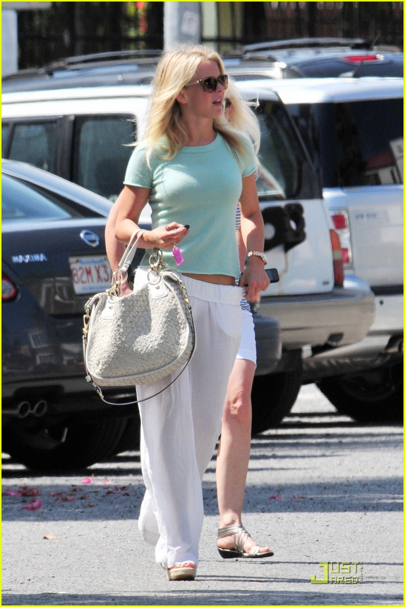 julianne hough jamba juice 03