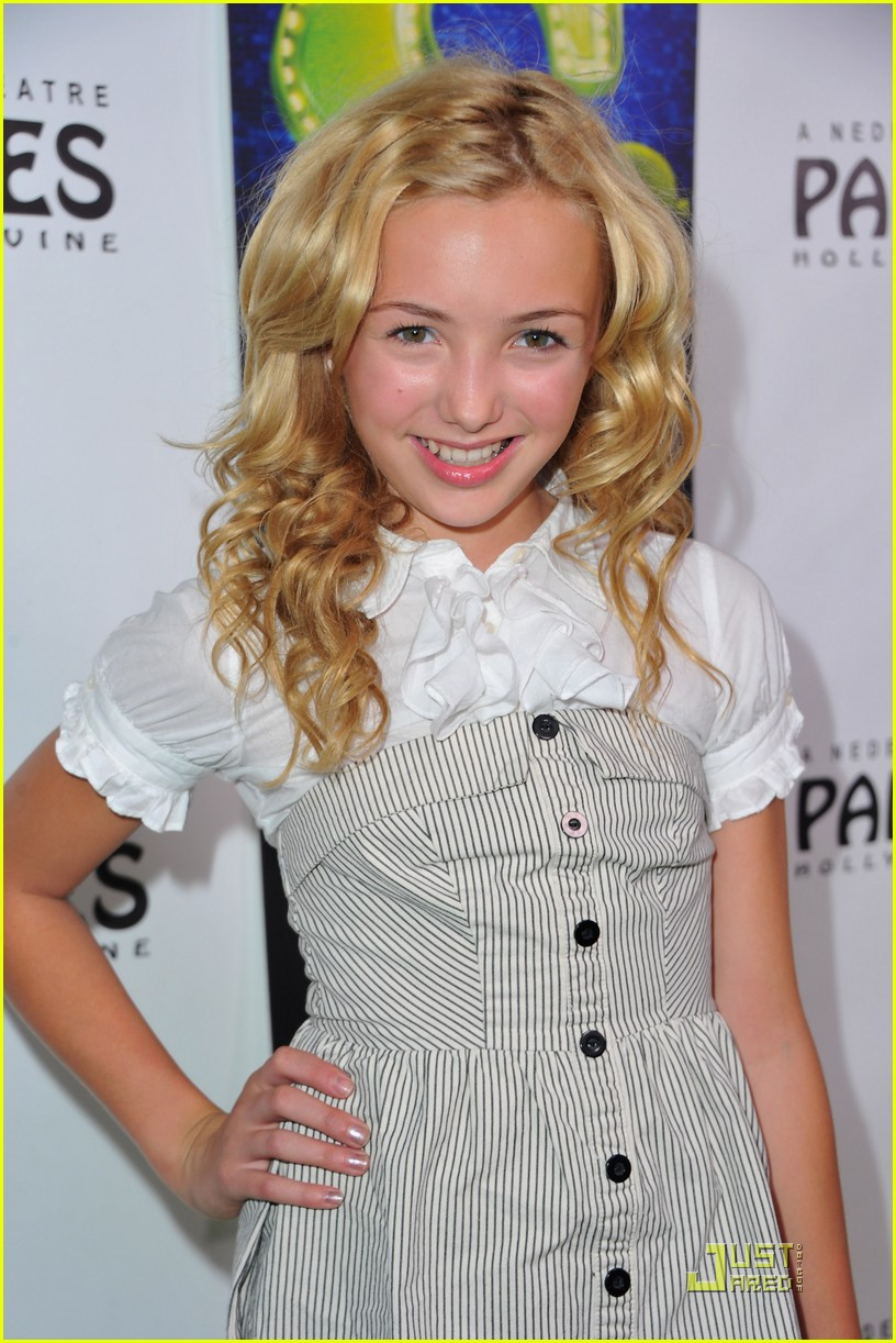 peyton list skai jackson shrek 04