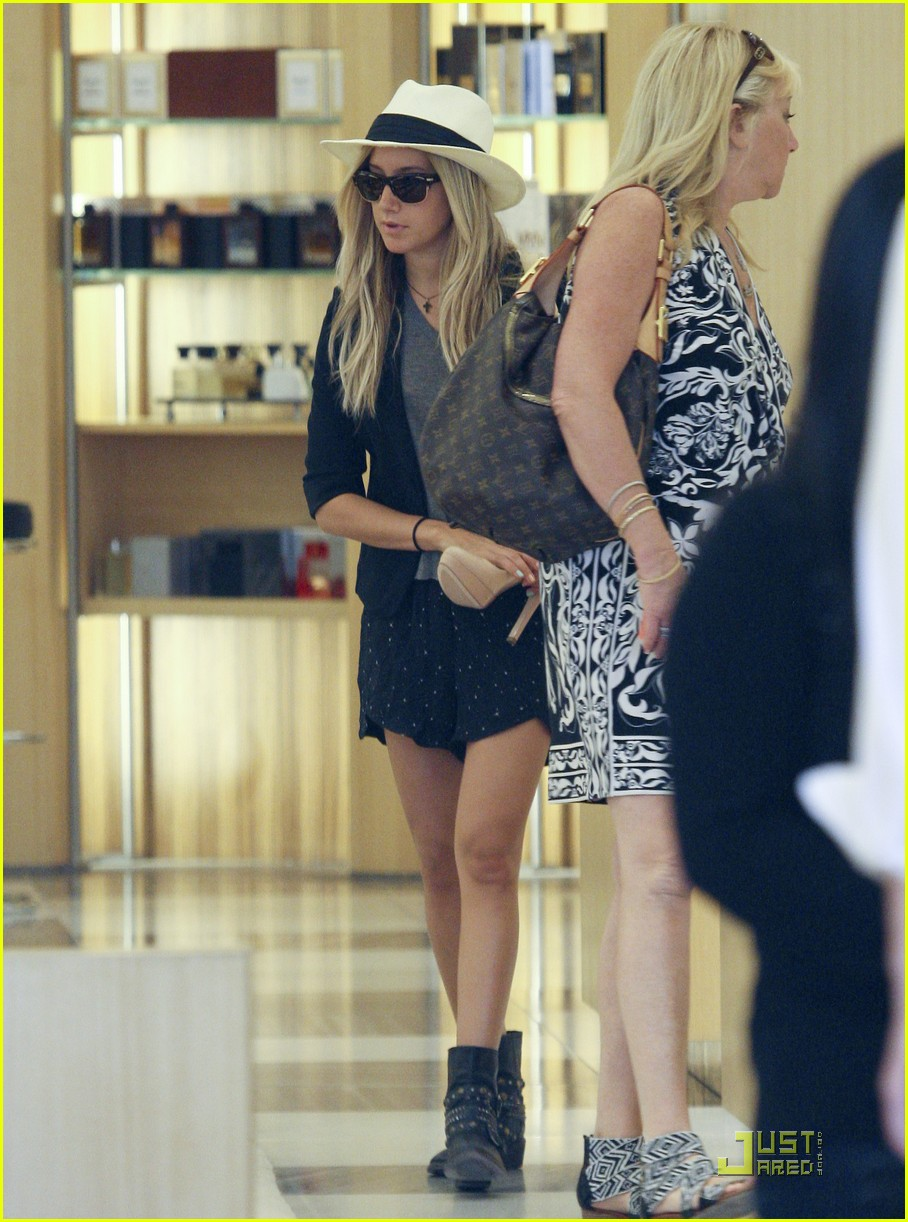 ashley tisdale barneys shoes 16