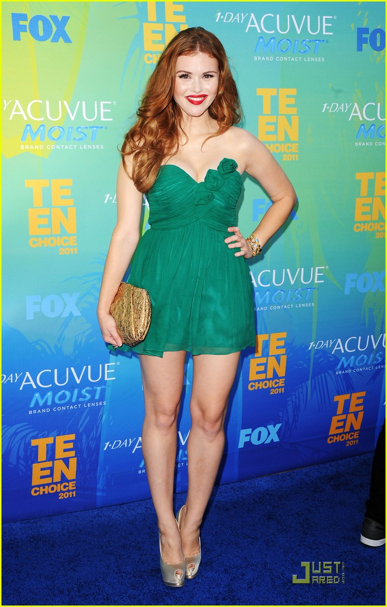 holland roden colton haynes tcas 01