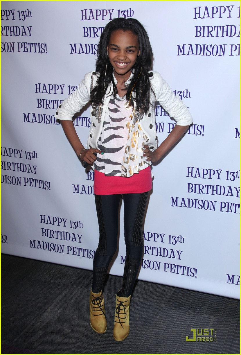 jennifer stone china mcclain pettis party 01