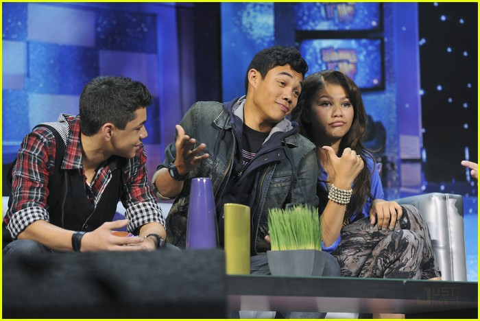 adam hicks roshon fegan jjj rap off 04