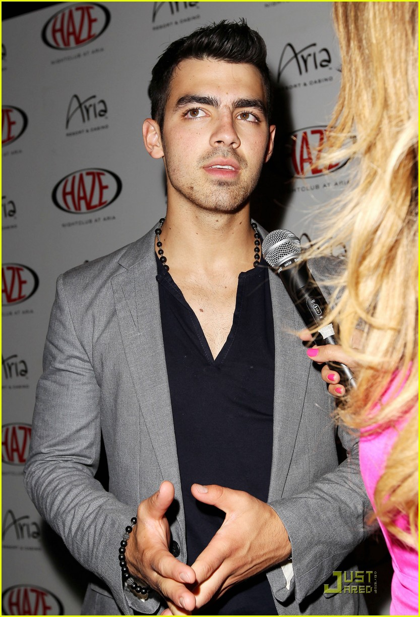 joe jonas haze 04