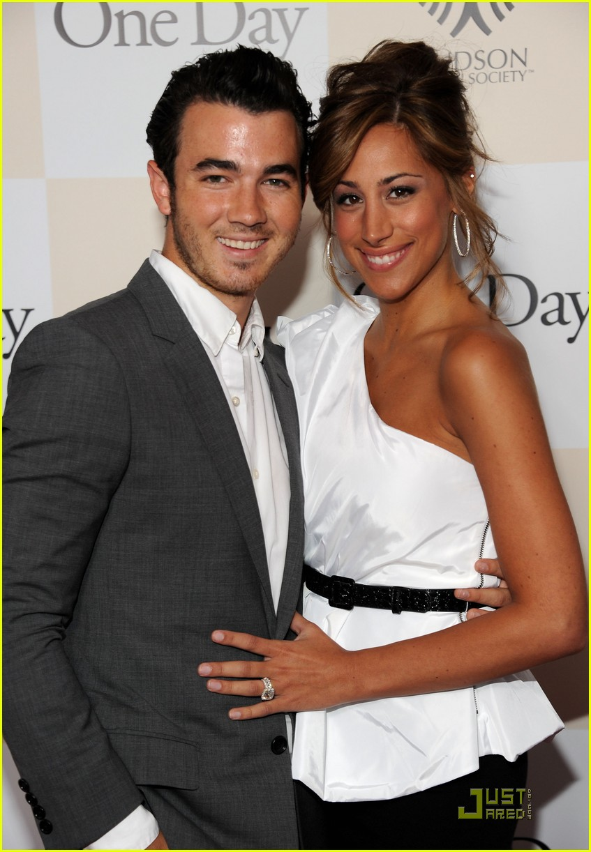 kevin jonas one day 09