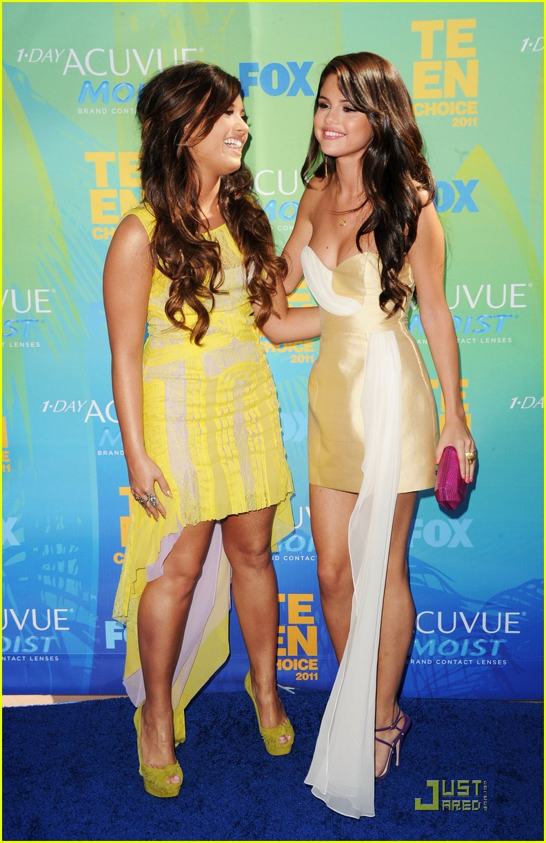 demi lovato selena gomez teen choice 03